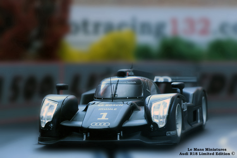 Slotcars 1:32 Slotracing Carrera Racecourse / Slot Cars